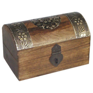wooden-jewellery-box-treasure-chest-dark